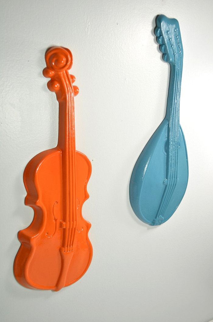 60 best violins images on pinterest music instruments for Violin decorating ideas