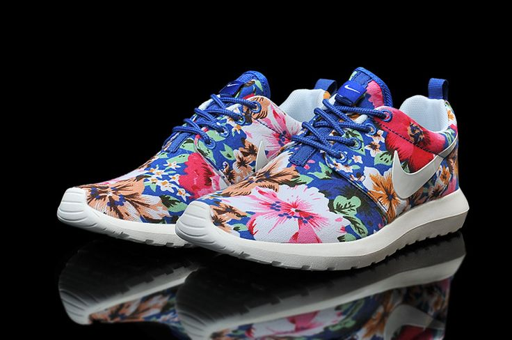 2015 low-priced Nike Roshe Run Floral Fabric White Blue Pink