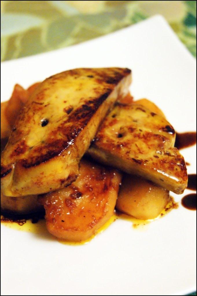 Foie gras poêlé aux pommes (idée pour le réveillon #1)