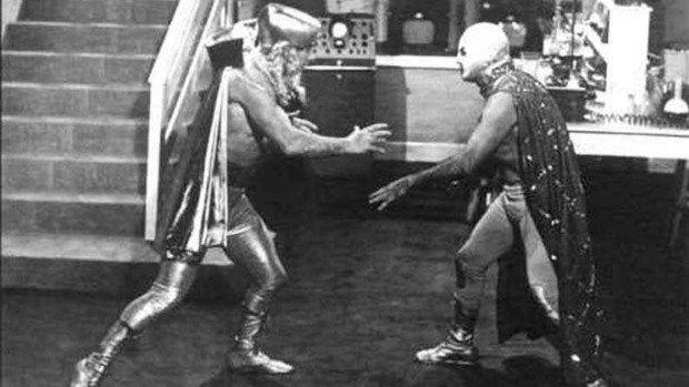Santo el Enmascarado de Plata VS La Invasión de los Marcianos