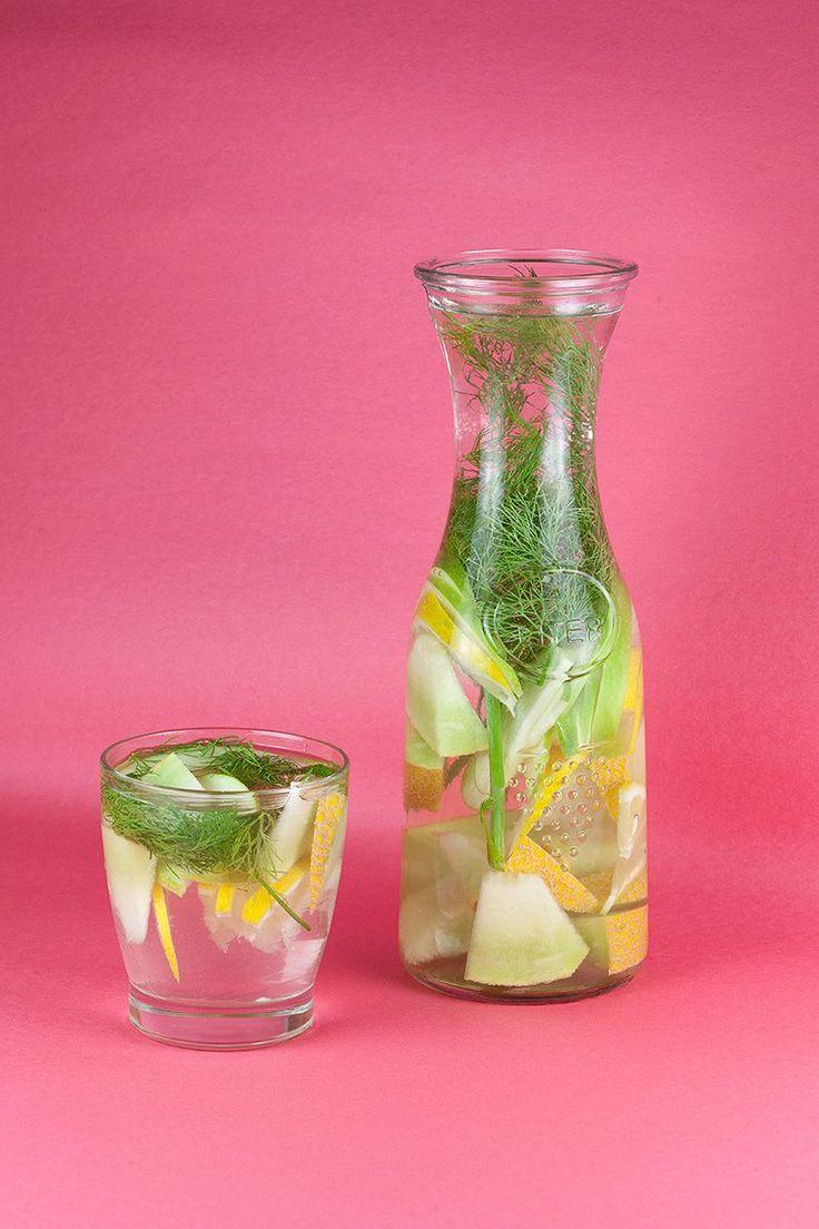 Dille, meloen, citroen en appel detox water