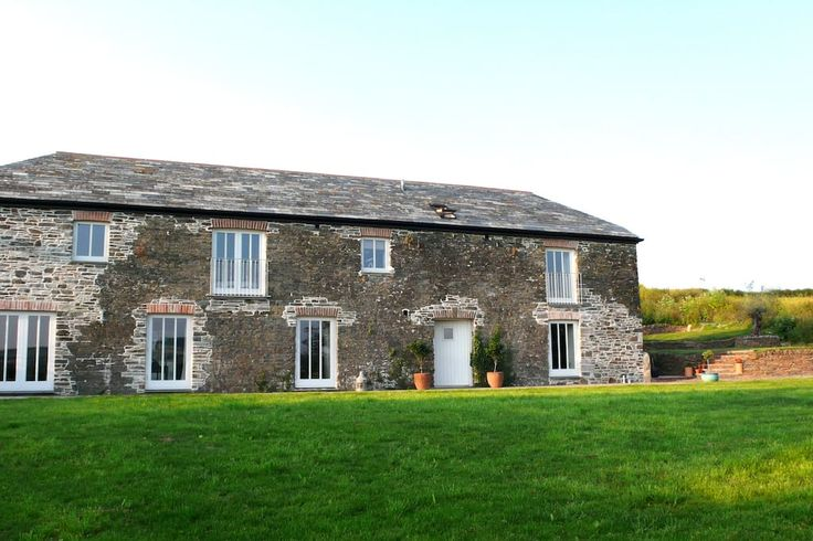 House in Washaway, United Kingdom. My place is close to Wadebridge, Newquay airport, parks. You'll love my place because of Open spaces and southerly views of the Camel valley, the outdoors space, the ambiance, the light. My place is good for couples, families (with kids), and furr...