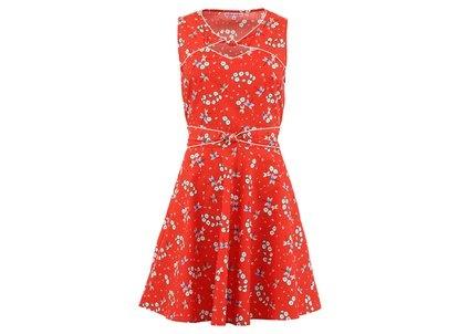 Červené květinové šaty Trollied Dolly