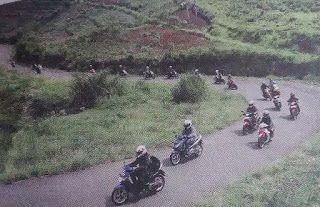Paddock Bikers: Ride Hard Touring Di Segala Medan
