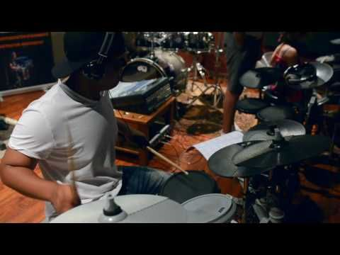 'Cape Drummers Lab' Drum Lessons with Mornay Hoffmeester