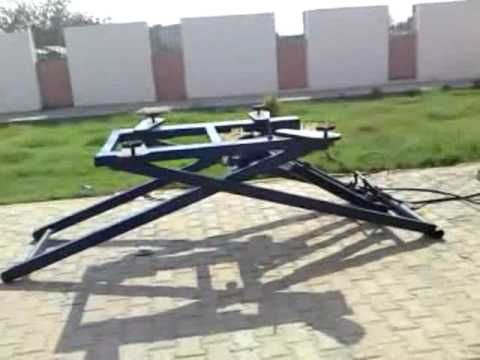 Portable Hydraulic car Lifter  By Ahmed Hunter & Amr Awad