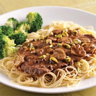 Escalopes de veau, sauce poivre-champignons - Recettes 5-15 - Recettes express 5/15 - Pratico Pratique