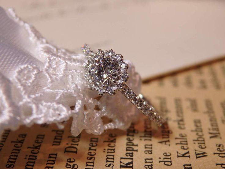 咲き誇る花のような婚約指輪 [engagement,ring,wedding,bridal,diamond,ダイヤモンド,エンゲージリング,婚約指輪,エタニティ,オーダーメイド,ith,イズ]