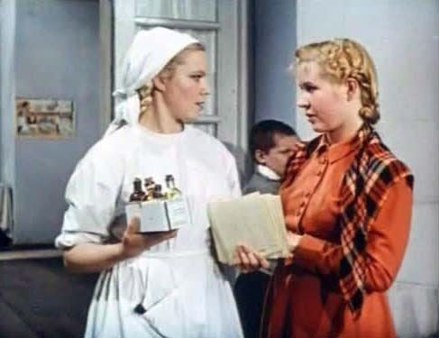 «Сельский врач» — советский художественный фильм, снятый в 1951 году. Клавдия Хабарова — Нюра, медсестра, Инна Макарова — Баранова