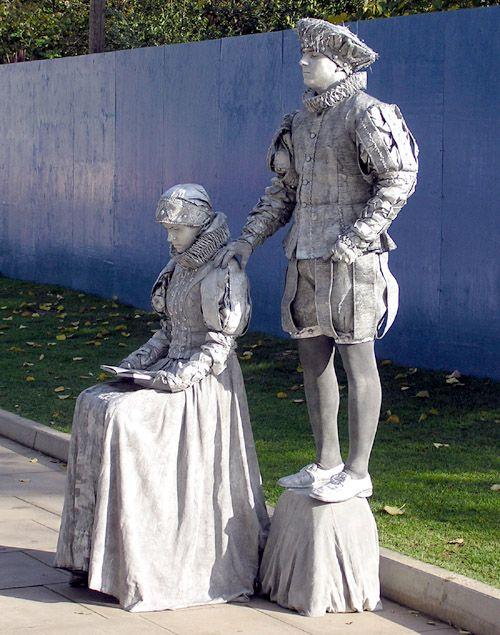 performance art statues