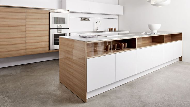 Eggersmann - High gloss Elm veneer, pure white laminate, 12 mm stainless steel worktop - almost KLI Design 2 white laminate