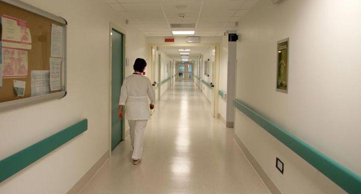Si alzava dal letto di ospedale solo per derubare altri pazienti: arrestato - http://www.sostenitori.info/276599-2/276599