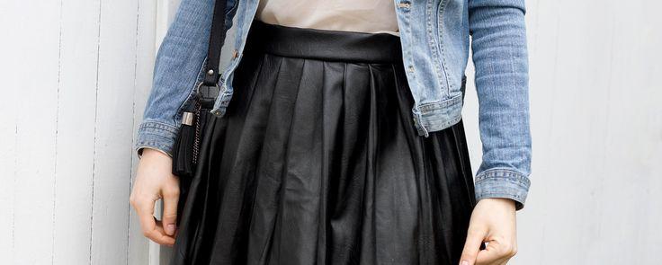 DIY jupe : soyez sublime dans cette jupe en simili cuir que vous aurez confectionnée - De nombreux tutoriels sont à découvrir sur le blog Ma petite mercerie