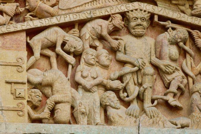 Tympan de la porte der l'abbatiale de Conques (détails)