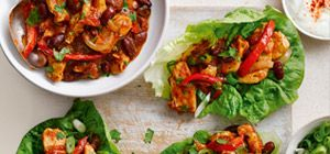Save Syns on traditional fajitas with this quick and easy version, using the Chunky Tomato Sauce from Slimming World's food range.