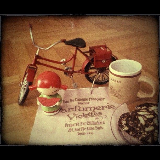 #momiji #momijisevgiyiyay #bicycle #bike #coffee #dessert