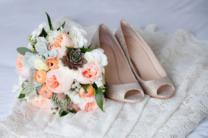 Granville Island Wedding by Roxana Albusel Photography | Two Bright Lights :: Blog