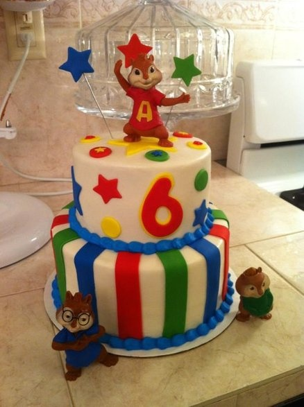 Alvin the chipmunks cake
