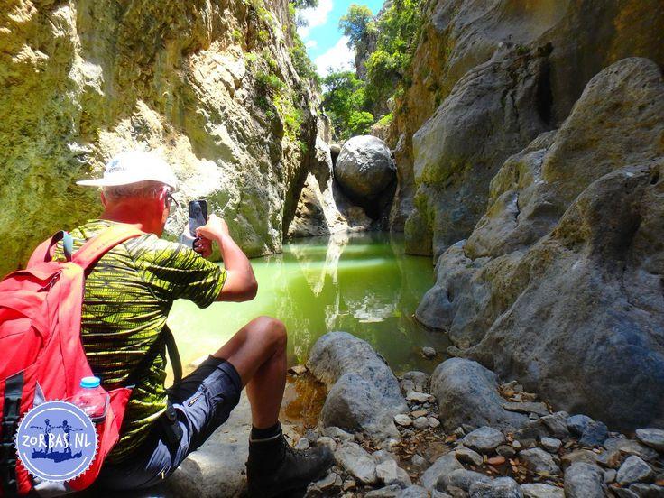 Natuurgebied Kreta Griekenland: Welk antwoord moeten we geven op de vraag hoe de natuur van Kreta is? Dit antwoord kunnen we niet in een paar zinnen geven. Kreta heeft een heel veelzijdige natuur en ieder deel van het eiland heeft haar eigen charmes. Zo zijn er bijvoorbeeld beschermde natuurgebieden op Kreta, die we graag bezoeken.
