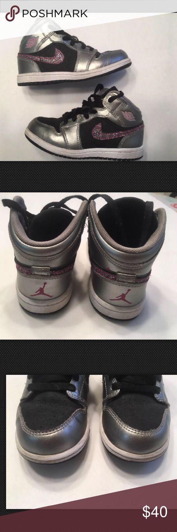 Toddler Nike Air Jordan Retro 1 Basketball Shoes Girls Nike Air Jordan Retro 1 Basketball Shoes 364773-013  Glitter Swoosh Nike Shoes Sneakers
