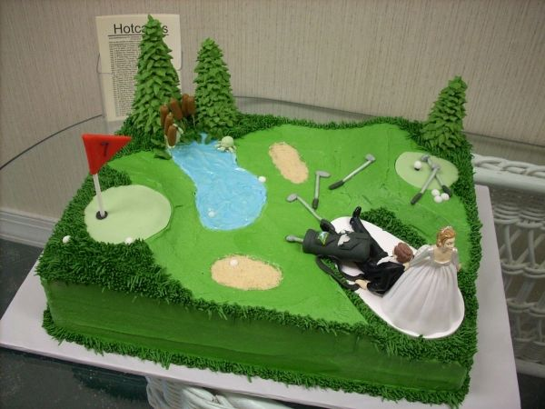 this is a hilarious grooms cake... i would need another activity than golf for my boy :)