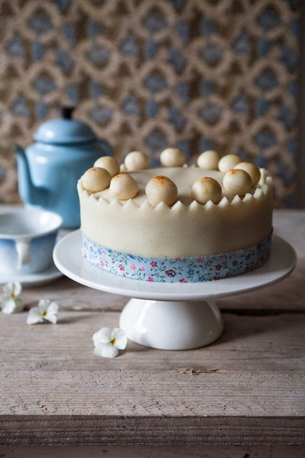 Miss Foodwise   Celebrating British food history: Of Simon, Nell and Simnel cakes
