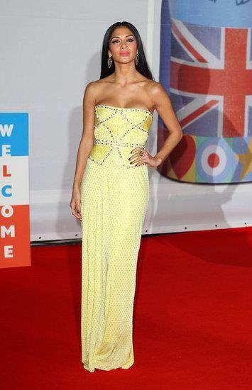Николь шерзингер в желтом платье