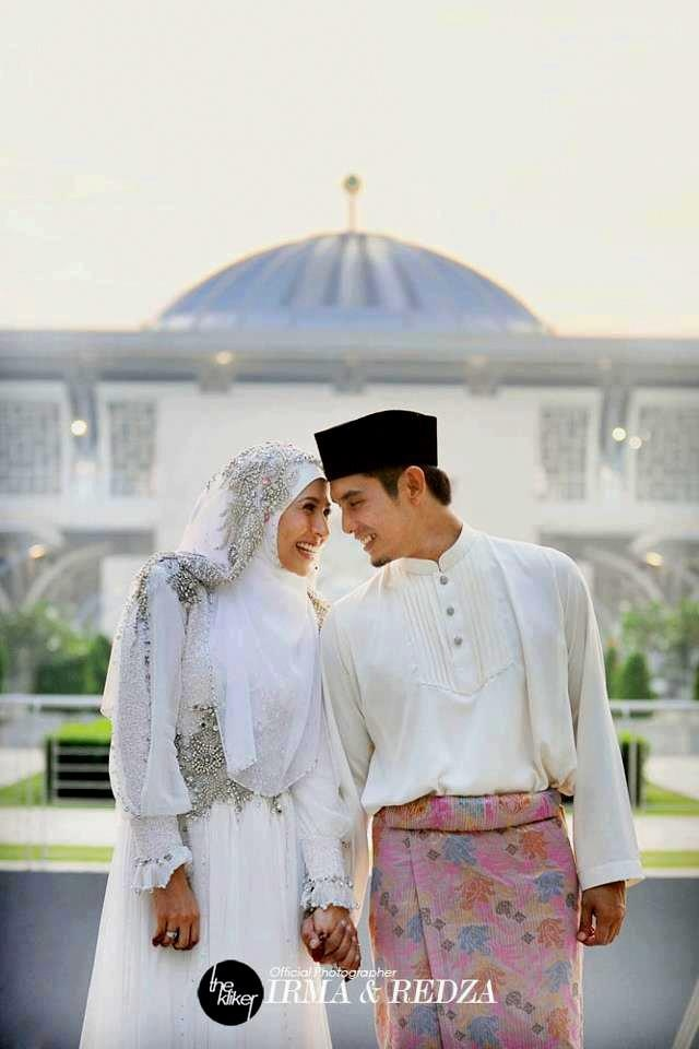 i want my men's baju melayu like dis! #PerfectMuslimWedding