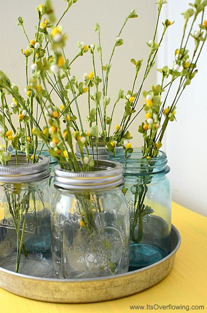 Simple tabletop decoration using just a few item … Mason Jars Summer Vignette.  #summer #parties #flowers