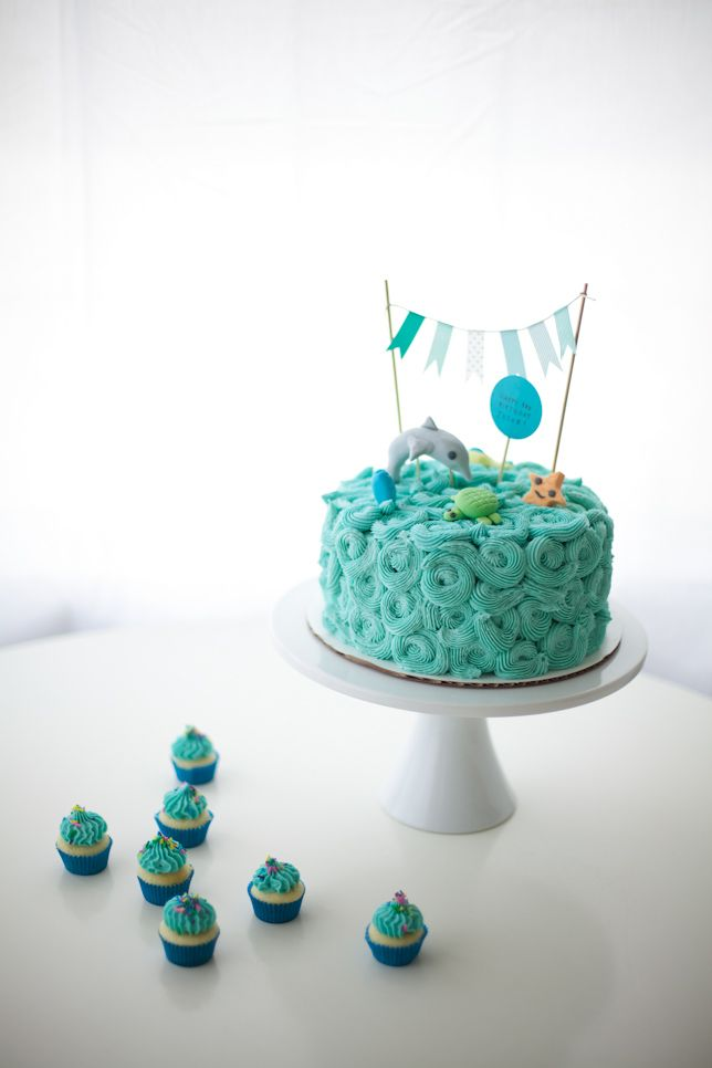 On Top Of The Sea: Ocean Themed Cakes! - Coco Cake Land
