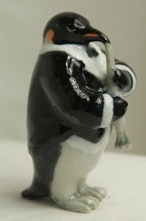 King Penguin with Clarinet » Buy Online » Penguin CornerKing Penguins, Buy Online, Online Stores, Penguins Corner