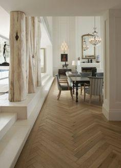 Visgraat houten vloer met een klassieke moderne uitstraling - http://fairwood.nl