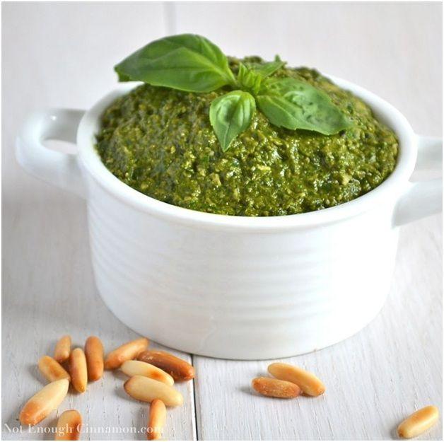 Vegan Basil n' Pine Nut Pesto - earthlingcuisine.com