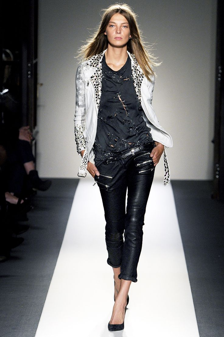 Balmain Spring 2011 RTW Fashion Collection | Fashion Collections
