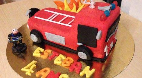 TUTO DIY: Le Gâteau Camion de Pompier en Pâte à Sucre!