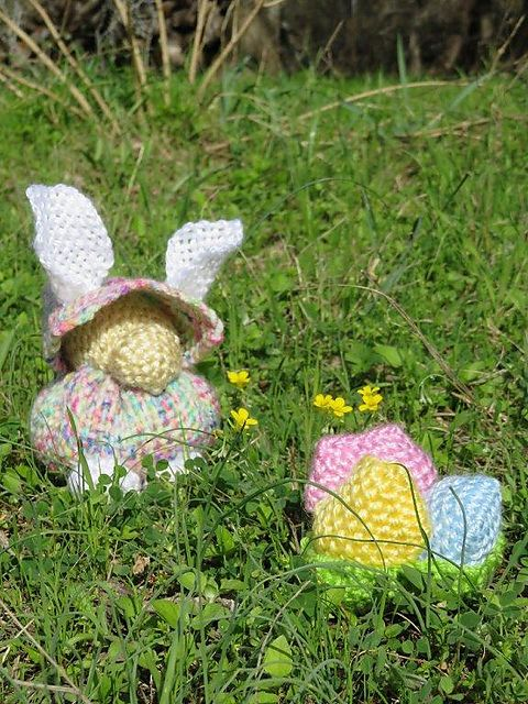 Ravelry: TexasGabi's TURTLE Hexagon Pin Loom: Bunny Gnome