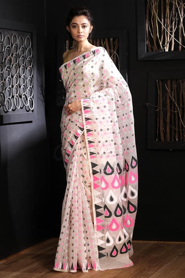 Handloom Handwoven Rose Motif Dhakai Jamdani Saree