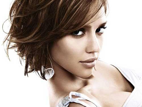 Cute short haircuts Jessica Alba