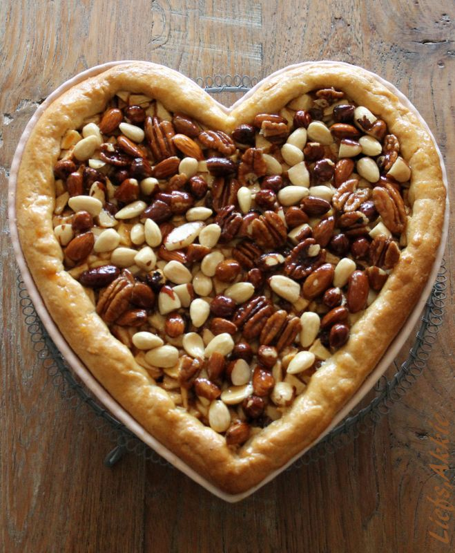 Moederdag taart # Apple cake (Made by Akkie) Recept http://www.ah.nl/allerhande/recepten/674510/appeltaart-alla-tirza