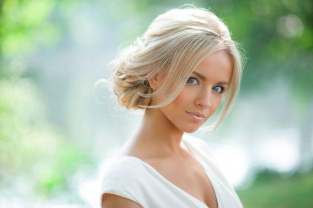 Чудесная прическа на средние волосы ::: onelady.ru ::: #hair #hairs #hairstyle #hairstyles