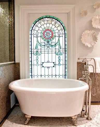 woah, stain glassBathroom Design, Stainedglass, Stained Glass Windows, Bathtubs, Clawfoot Tubs, Stained Glasses Windows, Beautiful Bathroom, Bathroom Windows, Bath Time