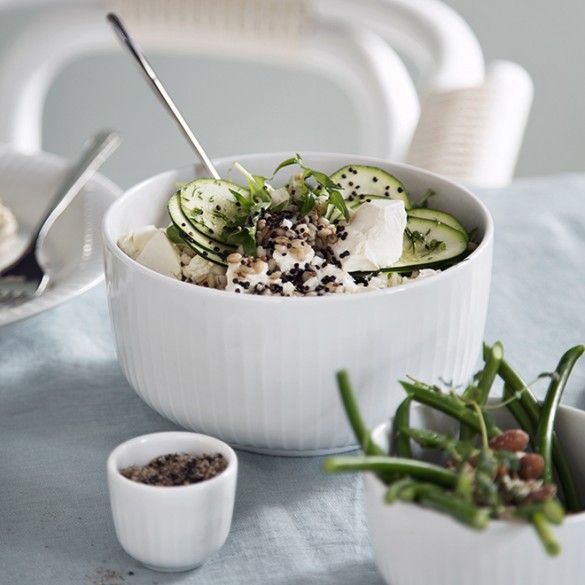 Kähler' popular Hammershøi range lends a touch of everyday elegance and design joy to your table.