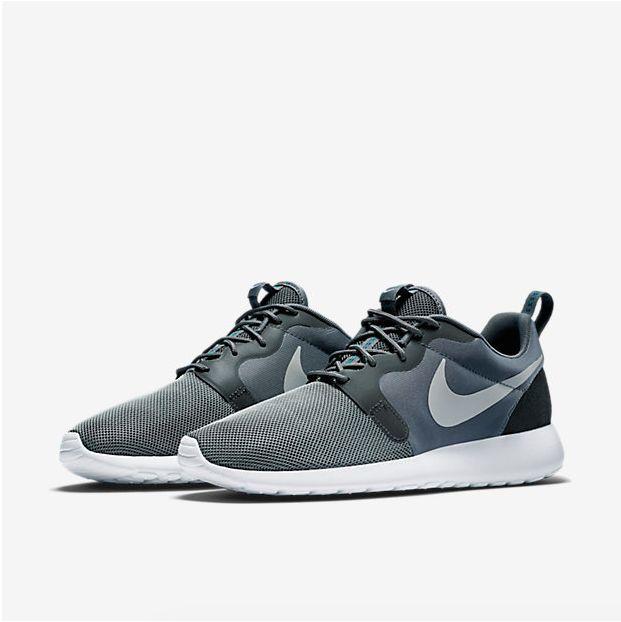 Nike Roshe One Hyperfuse Men's Shoe.