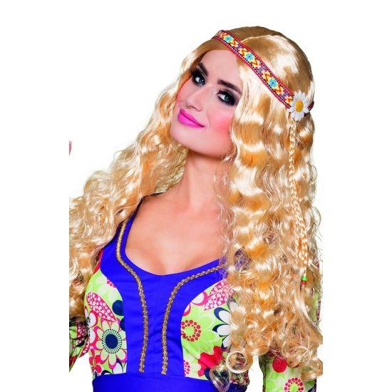 Deze blonde hippie pruik met krullen en een vlecht heeft een aangehechte hoofdband. De pruik is gemaakt van 100% polypropyleen, de hoofdband van 100% polyester.