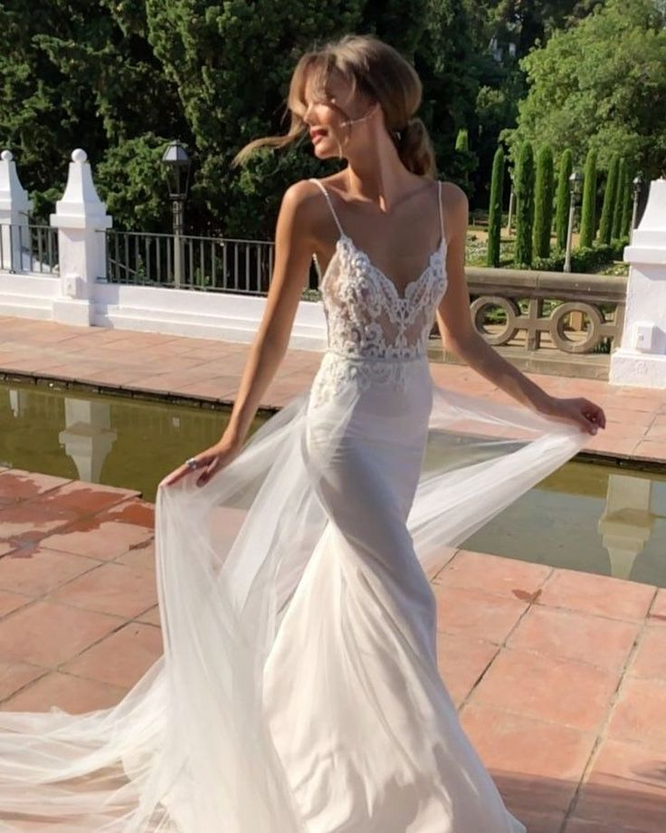 Stylish 30+ Stylish Wedding Dresses Collection Ideas To Inspire