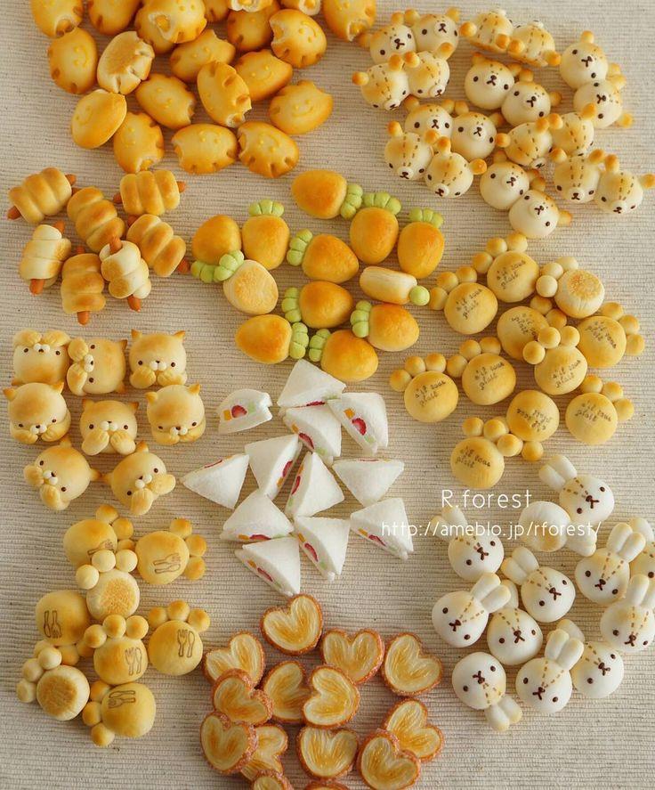 大変ご無沙汰になってしまいました 2ヶ月前にまでみゅ~さんで行われたオーダー会でご注文頂いた作品が全て完成しました✴✴ 記念にオーダー分全てのパンたちをパシャリ✴ また改めて3作品をご紹介させて下さい☺ #fakefood #clay #sweets #ハンドメイド雑貨 #パン雑貨 #handmade #デコパン #キャラパン #sandwich #animals # #パン #bread #bear #rabbit #cat #brooch #miniaturefood #miniature