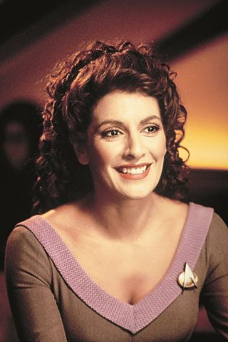 If there was ever a time when Deanna Troi didn't look fly as heck, please don't let me know ;))))