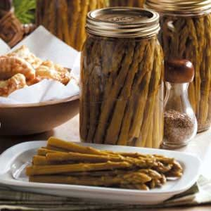 Canned Asparagas.....http://www.tasteofhome.com/Recipes/Sweet-Pickled-Asparagus