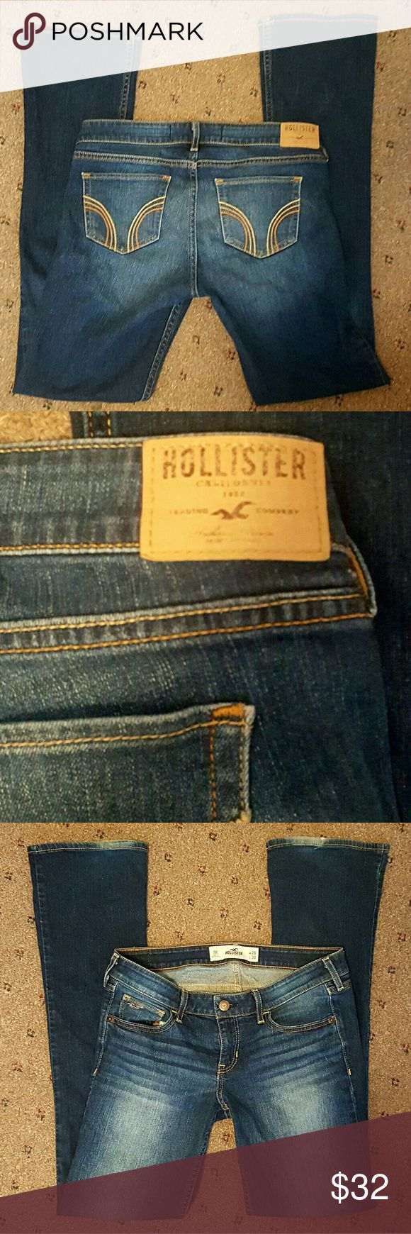 Hollister Boot Cut Jeans Worn just a handful of times. Nothing wrong other than bottom hem showing wear (pictured) W:28 L:33 Willing to trade. Hollister Jeans Boot Cut