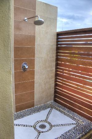 Melia Buenavista: Outside shower! really cool.
